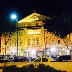 Teatro Colón - Colón Theatre. Cerrito 628. Opera Argentina. #BuenosAires #Argentina #Teatro #Theatre #Opera #Night #Turista #turistaenbuenosaires #Tourist #Tourisim #Architecture #Arquitectura #ArquiViajesBuenosAires