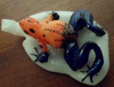 Wounaan Embera Poison Dart Frog Tagua Pendant Carving-Panama 3.97075
