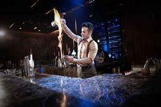 Mixology: a gennaio un corso per barman in Accademia Dal 9 gennaio 2017 per chi desidera una formazione barman di alto livello, l'Accademia Bartendence propone i nuovi corsi di miscelazione avanzata a Roma. Dedicato agli appassionati di cocktail, ma s #barman #bar #mixology