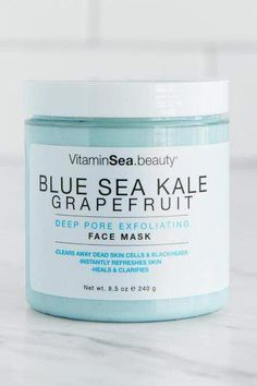 VitaminSea Sea Kale & Grapefruit Face Mask #CharcoalMaskHomemade #CleansingMask Sugar Scrub For Face, Diy Face Scrub, Sugar Scrub Diy, Coffee Face Scrub, Psoriasis Remedies, Exfoliating Scrub, Cleansing Mask, Charcoal Mask, Pores
