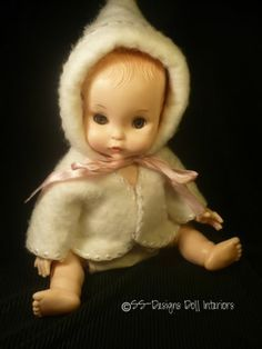 Vintage Effanbee Tiny Tubber Baby Doll 1966 White Bonnet Jacket Cloth Diaper