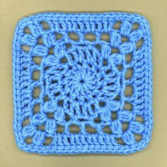 I'm So Blue square, free pattern by Debi Yorst of Dly's Hooks and Yarns   . . . .   ღTrish W ~ http://www.pinterest.com/trishw/  . . . .   #crochet