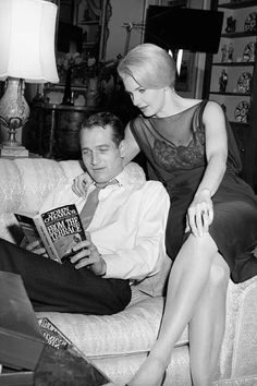 Paul Newman and Joanne Woodward enjoying some time together. Hollywood Couples, Old Hollywood Movies, Golden Age Of Hollywood, Hollywood Hills, Vintage Hollywood, Celebrity Couples, Paul Newman Joanne Woodward, Old Celebrities, Celebs