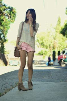 I'm not usually a pink girl, but the fact that they are cutoffs and paired a neutral made this so cute..