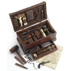 Another vampire killing kit. Pop Art, Steampunk, Grandeur Nature, Halloween Vampire, Halloween Coffin, Happy Halloween, Vampires And Werewolves, Vampire Hunter, Creatures Of The Night