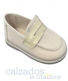 Continuamos de #liquidacion en todas las marcas y modelos de #CalzadoIndantil desde 5'95€  www.latitalocacalzados.com
