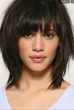 Peinados y cortes de pelo Hairstyles and haircuts Related posts: 30 Shoulder Length Bob Haircuts Medium Hair Styles, Curly Hair Styles, Mid Length Hair, Great Hair, Bob Hairstyles, Simply Hairstyles, Medium Shag Hairstyles, Teenage Hairstyles, Asymmetrical Hairstyles