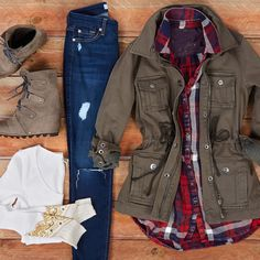 Find out our simplistic, relaxed & just stylish Casual Fall Outfit smart ideas. Get influenced with your weekend-readycasual looks by pinning one of your favorite looks. casual fall outfits for women over 40 Winter Outfits For School, Cute Winter Outfits, Casual Fall Outfits, Trendy Outfits, Winter Clothes, Back To School Outfits For College, Outfits 2016, Tween Fashion, Fashion Outfits
