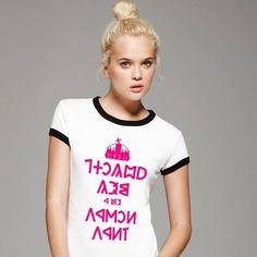 Nyugodj meg ez a rovás írás Cool Tees, Cool Shirts, Like A Boss, Screen Printing, Graphic Tees, Shirt Designs, T Shirts For Women, Prints, Rose