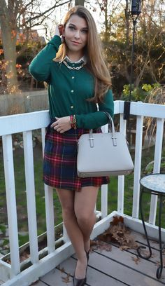 Preppy, nautical and equestrian jewelry and accessories for those who have a classic, timeless sense of style! Pantyhose Fashion, Pantyhose Outfits, Nylons, Preppy Fall, Preppy Style, Tartan Fashion, Preppy Outfits, Sexy Stockings, Girls Sweaters