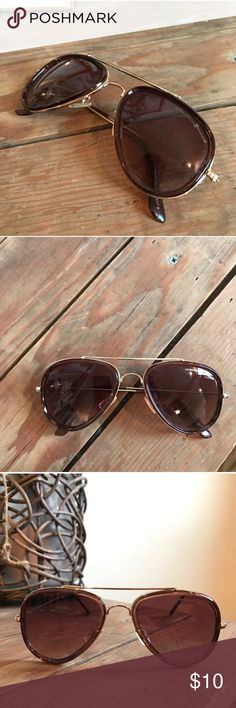 Beverly Hills Polo Club Aviators Gorgeous designer sunglasses. Great condition ☀️ Beverly Hills Polo Club Accessories Sunglasses