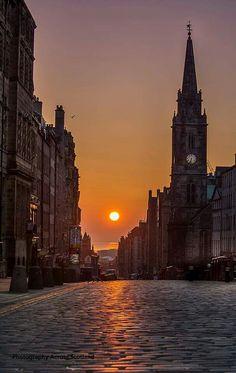 Royal Mile , Edinburgh