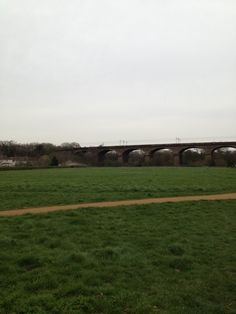 Hanwell viaduct, love this place Beautiful Park, West London, Past, Spaces, Mountains, Ring, Green, Travel, Image