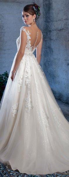 Wedding Dress by Amaré Couture from Casablanca Brida