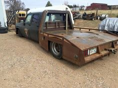 Flatbed idea with a unique headache rack design pic 2 Lowrider Trucks, Dually Trucks, Chevy Pickup Trucks, Chevy Pickups, Truck Mods, Tow Truck, Custom Truck Flatbeds, Zombie Vehicle, Car Carrier