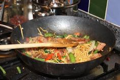 Snig's Kitchen:Stir fry noodles with Char Siu Pork Stir Fry Noodles, Char Siu, Recipe Using, Wok, Fries, Spicy, Kitchen, Recipes, Cooking