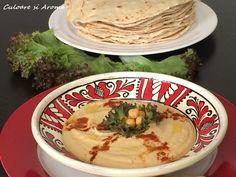 Ingrediente: – 2 conserve cu boabe de naut fierte (a cate 400 g fiecare) – 3 linguri pasta de susan – 4 linguri cu ulei – 4-5 catei usturoi – zeama de la 1/2 lamaie – sare si piper dupa gust Pentru decor: – 1 lingurita cu boia dulce de … Thing 1, Tahini, Hummus, Ethnic Recipes, Food, Sweets, Eten, Meals, Diet