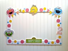 Hey, I found this really awesome Etsy listing at https://www.etsy.com/listing/222134080/diy-elmo-photo-booth-frame-photo-booth