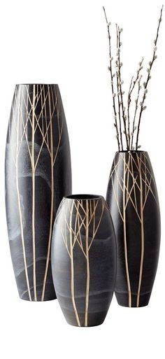 Surprising Unique Ideas: Paper Vases Papier Mache old vases shape.Vases Shapes Pottery vases ideas for weddings.Old Vases Center Pieces. Wooden Vase, Ceramic Vase, Vase Centerpieces, Vases Decor, Flower Vases, Flower Pots, Big Vases, Small Vases, Gold Vases