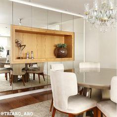 Muito armário para Sala de Jantar! Quem não ama? Nesse projeto as portas são em…