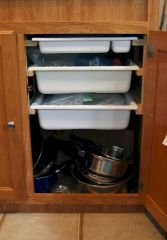 90 RV Living & Camper Van Storage Solution Ideas June Leave a Comment If you're looking for some RV storage ideas for your camper kitchen, look no further! In order to implement this clever Rv storage idea hack, simply fnew your Travel Trailer Organization, Rv Travel Trailers, Rv Organization, Camper Trailers, Organizing Ideas, Organizing Drawers, Travel Trailer Living, Rangement Caravaning, Camping Vintage