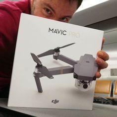 Επιτέλους!! At last!! #djimavic #drone  #happybirthday  #happytraveller #dji  Αργησε λιγο ο Αγιος Βασιλης αλλα προλαβε στο τσακ τα γενεθλια!!