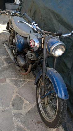 eBay: 1961 BSA Bantam D7 Motor Bike Bsa Bantam, Bsa Motorcycle, Vintage Cafe, Old Bikes, Vintage Motorcycles, Motorbikes, Wheels, British, Antique