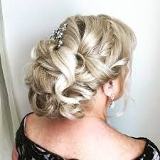40 Stylish Long Hairstyles for Older Women - Blonde Curly Mother Of The Bride Updo - Hairstyles Short Hair Updo, Short Hairstyles For Thick Hair, Short Hair With Bangs, Short Hair Styles Easy, Elegant Hairstyles, Bride Hairstyles, Curly Hair Styles, Cool Hairstyles, Medium Hairstyle