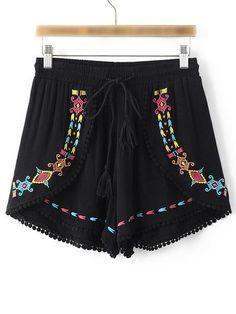 Innika Embroidered Shorts