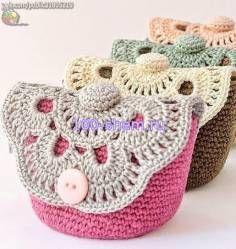 Мастер класс по вязанию маленькой сумки крючком - Сумки - Вязанные аксессуары - Модели вязанной одежды - Схемы вязания