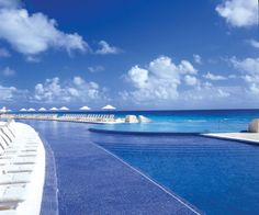 Kore Tulum Resort offers guests a gorgeous pool with a poolside bar.