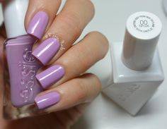 midi. mini. maxi. it doesn't matter what you wear. in this charming orchid crème they'll go to great lengths to be with you. 'dress call' from essie gel couture nail polish.