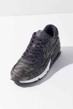 outlet store 82016 38651 Nike 90 Camo Sneaker