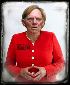 ❌❌❌ Kopftransplantationen sind ein enormer Zukunftsmarkt. Die Verpflanzung anderer Gliedmaßen ist heute eher Routine, dass könnte bald auch für Köpfe gelten. Nach unzähligen positiven Tierversuchen hier ein erstes spektakuläres Ergebnis, ganz zum Wohle Deutschlands. Endlich bekommen wir die Kultfigur zusammengestückelt auf die die Nation gewartet hat, Schäuberkel alias Angola Murksel. Wolle kann wieder gehen und Angela endlich richtig denken. ❌❌❌
