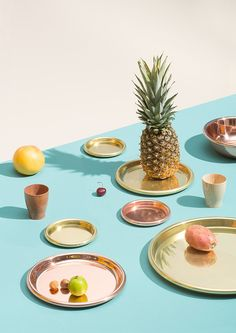 Creative Food, Styling, Silvia, Puntino, and Photographer image ideas & inspiration on Designspiration Still Life Photography, Food Photography, Product Photography, Colour Photography, Food Design, Design Art, Set Design, Interior Design, Creative Colour