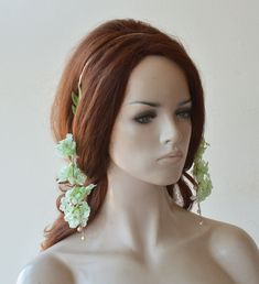 Flower Tiara, Flower Headpiece, Headpiece Wedding, Pearl Headpiece, Wedding Accessories For Bride, Prom Hair Accessories, Flower Hair Pieces, Flowers In Hair, Mint Green Flowers
