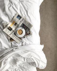 coffee, decor, the new york times, minimal - Kaffee Coffee In Bed, Coffee And Books, Coffee Love, Coffee Break, Morning Coffee, Coffee Shop, Sunday Morning, Coffee Coffee, Coffee Photography