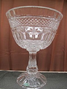 Godinger Shannon 24% Lead Crystal Footed Bowl With Original Box