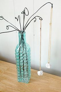 Wire and Vase Necklace or Bracelet Display Tutorial ~ The Beading Gem's Journal . - Wire and Vase Necklace or Bracelet Display Tutorial ~ The Beading Gem's Journal - Craft Fair Displays, Display Ideas, Bracelet Displays For Craft Shows, Booth Ideas, Display Stands, Craft Booths, Display Design, Display Case, Store Design