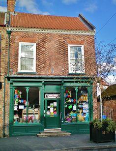 The Pet Shop | Market Weighton, England