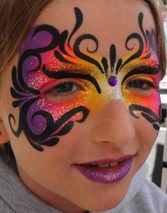 Princesses Pirates Face Painting - Havana glitter mask!