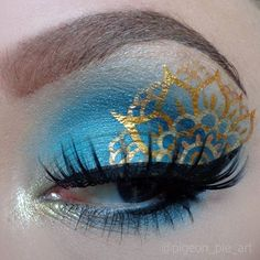 Blue & Gold Eye Makeup Art