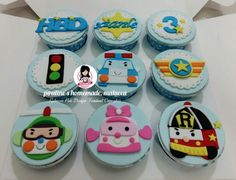Robocar poli design fondant cupcakes