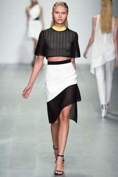 David Koma Spring 2015 Ready-to-Wear - Collection - Gallery - Look 1 - Style.com