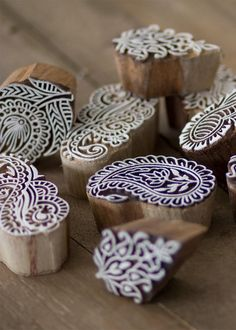 These unique wood blocks can be used to handstamp textiles, clay, soap, walls and papers. Clay Tiles, Paper Crafts Origami, Tribal Patterns, Wood Blocks, Soap Making, Diy Painting, Fun Things, Squares, Decoupage