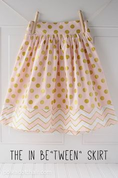Sewing Skirts Cute girl skirt tutorial - The in be tween skirt tutorial. A sewing pattern for tween clothing, A great option for tween girls clothing, DIY a skirt, sew a skirt, tween skirt Girls Skirt Patterns, Skirt Patterns Sewing, Sewing Patterns Free, Free Sewing, Skirt Sewing, Pattern Sewing, Sew A Skirt, Coat Patterns, Pattern Drafting