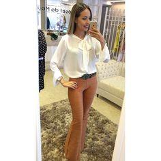 Camisa + calça de bandagem camelo Camisa R$129,90 Cinto R$49,90 Calça R$229,90 Whatsapp (62)8217-2700 Telefone (62)3639-0058 Enviamos para todo Brasil e exterior