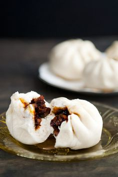 For Chinese New Year or ANY time Chinese barbecue pork buns char siu bao recipe use real butter I Love Food, Good Food, Yummy Food, Tasty, Char Siu Bao Recipe, Banh Bao Recipe, Asia Food, Pan Relleno, Great Recipes