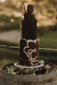 Moody Wedding Inspiration Perfect for Halloween and Beyond - Love Inc. Black Wedding Cakes, Black Wedding Dresses, Blue Wedding, Chic Wedding, Wedding Ceremony, Black Weddings, Observe And Report, Small Glass Vases, Floating Candles