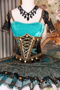 Dettaglio tutu Esmeralda by Scatola Magica